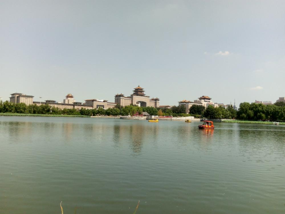 莲花池公园图片